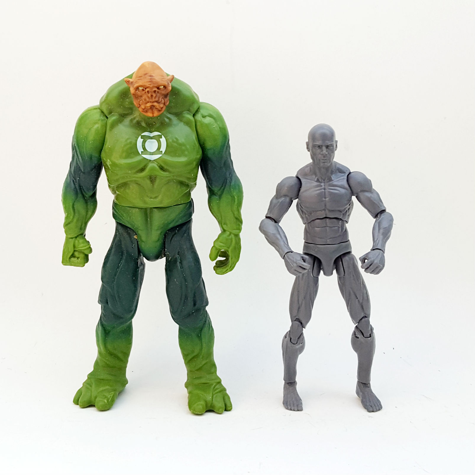 1:18 DC Comics Green Lantern Action Figure Checklist